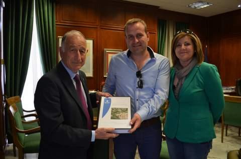Diputación entrega a Lubrín el proyecto de la potabilizadora que pone fin al déficit hídrico